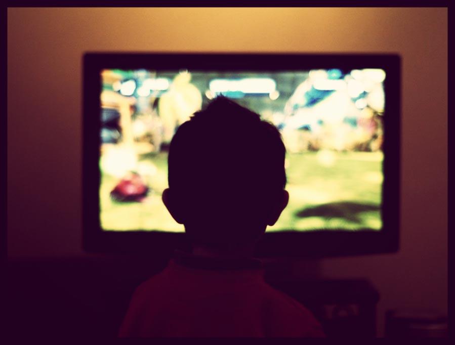 Crianças que assistem muita Tv em risco de futuros bullying